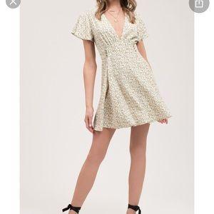 NWOT Blu Pepper White Floral Dress